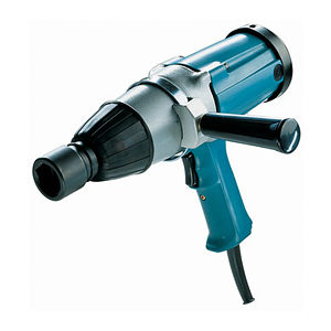 MAKITA 6906 Square Drive Impact Wrench