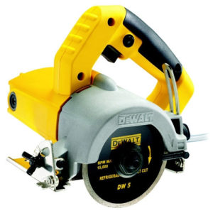DeWalt DWC410-QS  Wet Tile Saw Hand Held 110mm 1300W